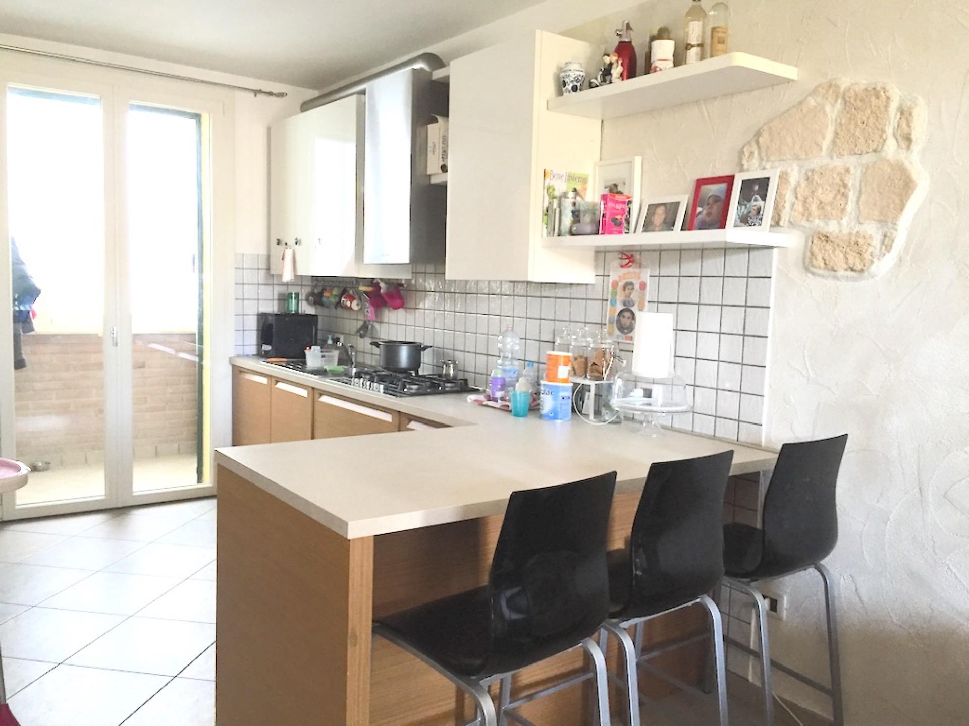 Appartamento indipendente vendiamo a pinarella di cervia in zona residenziale - Arredo bagno cervia ...